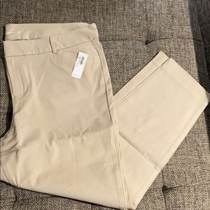 Old Navy Pixie Pants - Size 18 - NWT